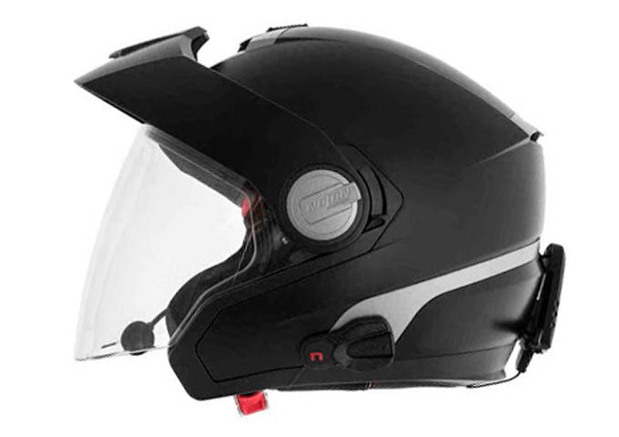casco con intercomunicador integrado
