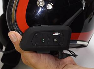 el ejeas v6 pro se adapta a cualquier tipo de casco